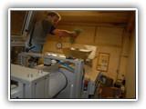 Die Maschine zur Abfüllung befindet sich in einem Raum gleich neben den Heuboden. So kann garantiert werden, dass das Heu so frisch wie möglich in die Heubeutel kommt.